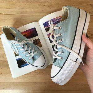 Converse Baby blue platform lace up sneakers